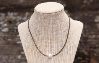 LESL Ware - Single Pearl Necklace - Bronze