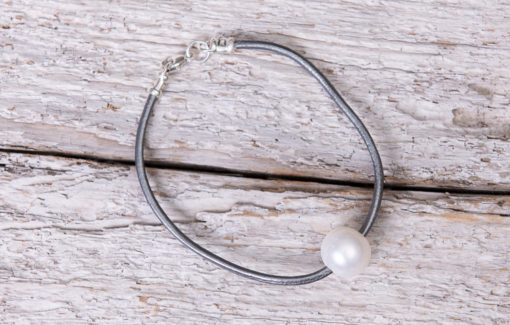 LESL Ware - Single Pearl Bracelet - Granite