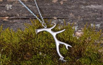 Gem Lounge - Deer Antler Necklace