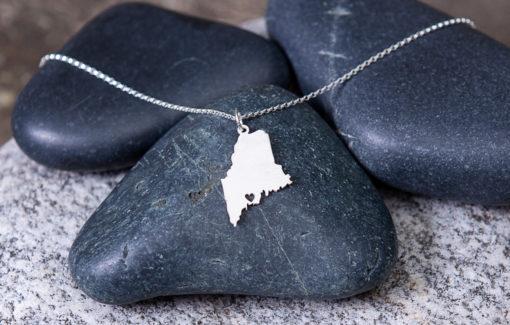 Gem Lounge - Maine Heart Necklace