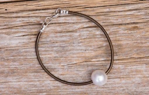 LESL Ware - Single Pearl Bracelet - Bronze