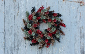 Red Sky Studio - Pine Cone Wreath - Christmas