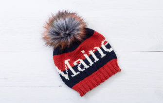 Bespolk - Maine Pom Hat - Navy and Red