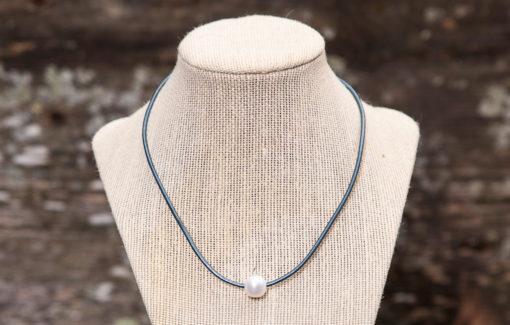 LESL Ware Single Pearl Necklace