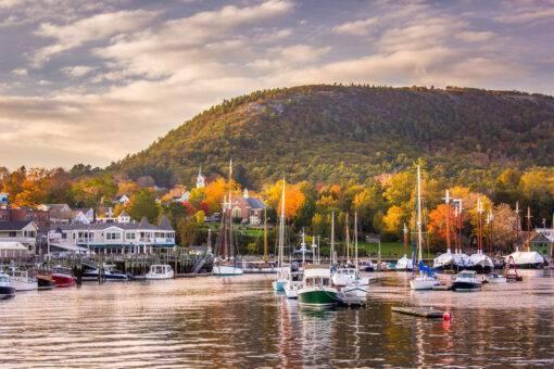 Camden-Harbor-Fall-Foliage