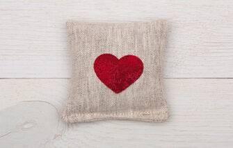 Perry Home Naturals - Sachet - Heart Organic Lavendar